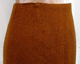 """1970s Vintage Womens Rust Red Wool Skirt XS/SMALL Size 6 (Waist 26"""" / Hips 32"""")  -Quality Retro Fashion-"""