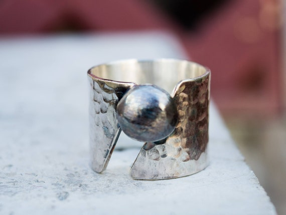 Sterling silver ring-Wide band ring-Hammered silver  43f73f2b0