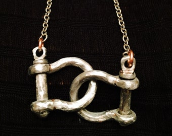 The Shackle Necklace V2.0