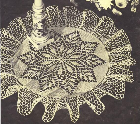 140 Pdf Leaf Design Doily Crochet Pattern 16 Inch Round Doily Etsy