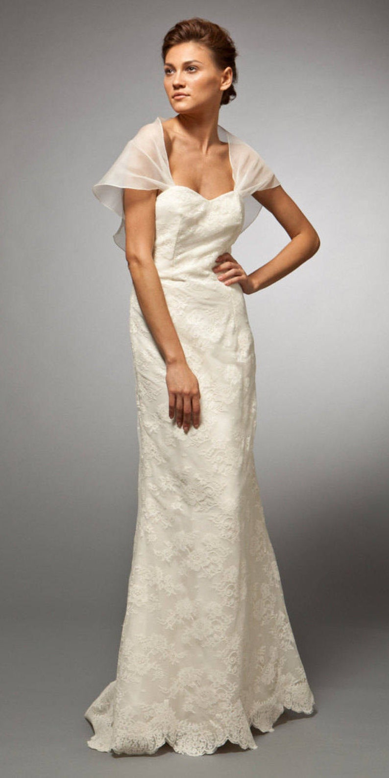 040fe492203 Wedding Dress Bridal Gown French Lace Detachable Cape Slim