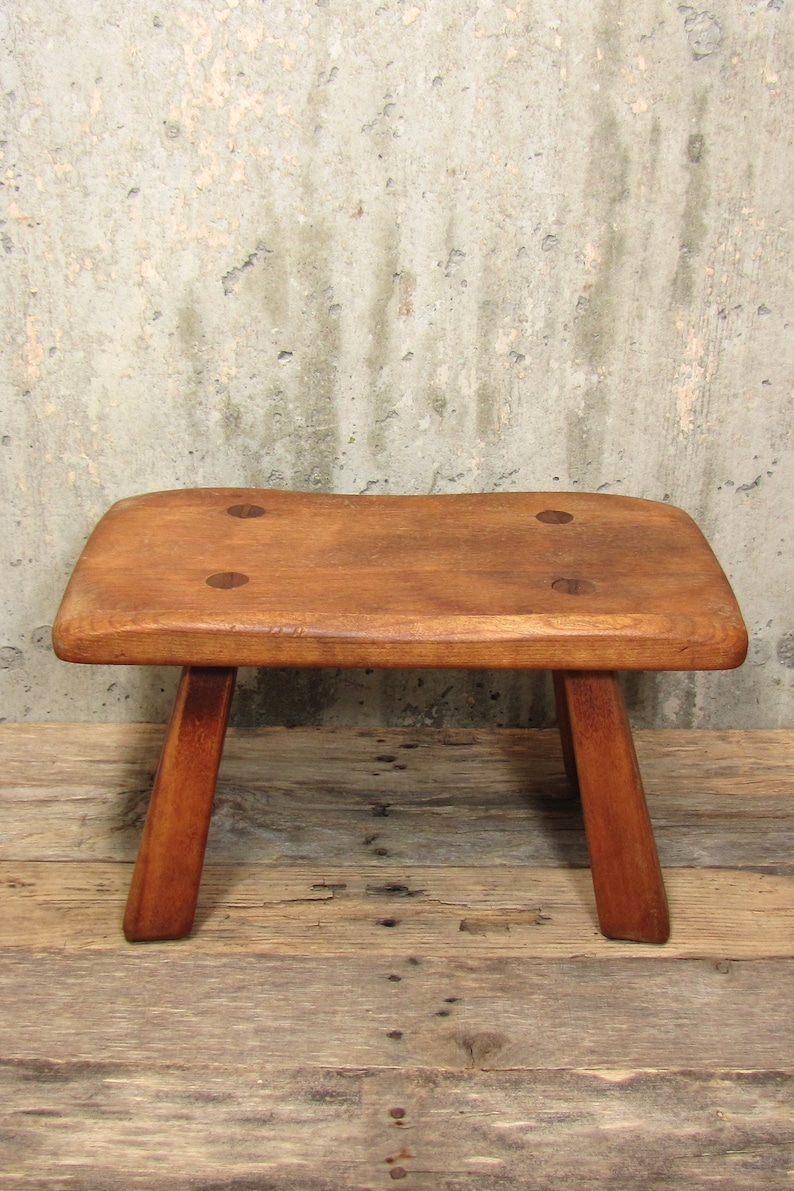 Prime Vintage Wood Cricket Bench Cushman Wooden Peg Tongue And Groove Farmhouse Milking Stool Bralicious Painted Fabric Chair Ideas Braliciousco