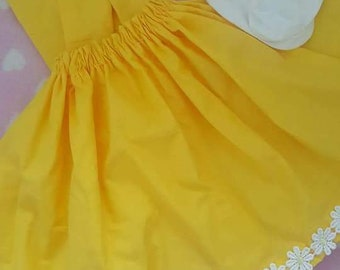 Yellow daisy skirt and socks set