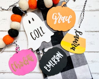 Personalized Halloween basket name tags, boo bag tags, Halloween tags, Halloween name tags, wood name tags, Halloween basket tags