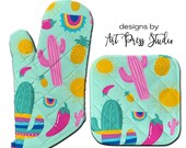 Oven Mitt Pot Holder and Kitchen Towel Set, Fiesta Cactus Oven Mitt, Cactus Flower Pot Holder, Gift for Cook, Personalized, Kitchen Towel