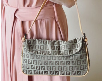 9d0e564772 Authentic Fendi bag. Fendi Handbag. Fendi vintage bag.