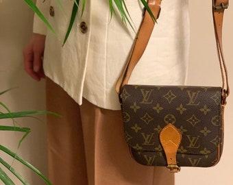 Authentic Louis Vuitton bag. Louis Vuitton Cartouchiere bag. Vuitton  monogram bag. Louis Vuitton vintage bag. LV crossbody bag 145b4e638d1e6