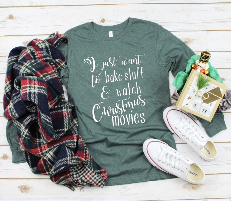 I want to bake stuff & watch Christmas movies  Christmas image 0
