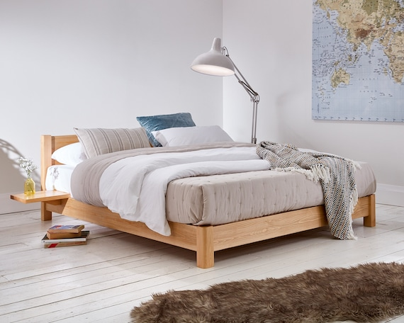 Niedrige Plattform Raumwunder Holzrahmen Von Betten Gelegt Bekommen