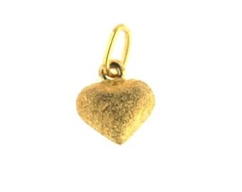 14k Gold Diamond-Cut /& Satin Puffed Heart Earrings 0.31 in x 0.31 in