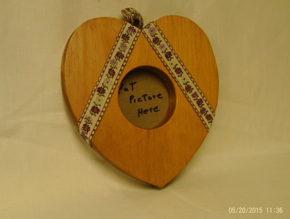 Clearance Wooden Heart Picture Frame
