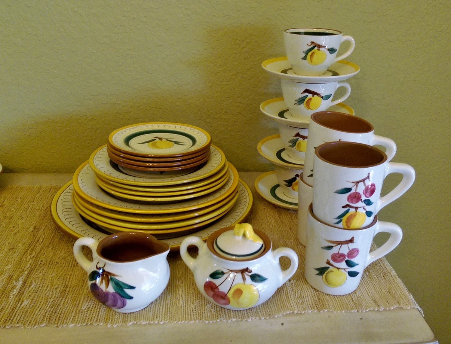Gentil Vintage Stangl Terra Rose Fruit Dining Dish Set (32 Pieces) Dishware Terra  Cotta Red Clay Glazed Pottery Trenton New Jersey Artisan Potter