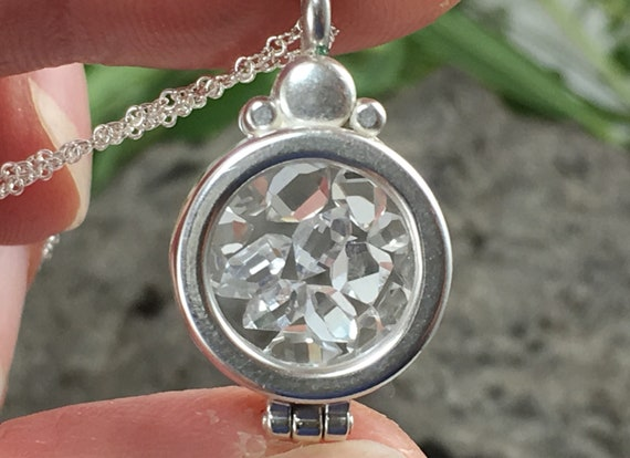 Ruby NY Herkimer Diamond Quartz Crystals in a Floating Locket Sterling Silver Pendant Necklace Jewelry Vera Cruz Amethyst Crystal Point