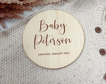 Pregnancy Announcement Plaque | Photo Prop | Personalised Wooden Signage | New Baby Coming Soon | Wooden Bamboo Custom Scripted Round Circle