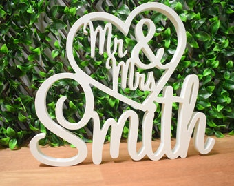 Personalised White Wedding Sign - Mr & Mrs in Heart with Surname | Free Standing Custom Wedding Table Decoration