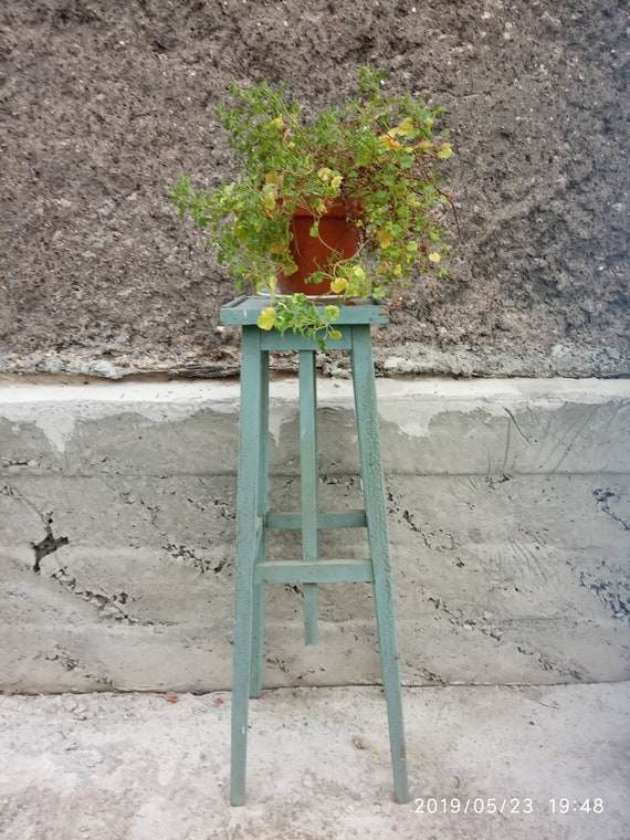 Phenomenal Vintage Wooden Stand For Planters Vintage High Stand Rustic Flower Stand Primitive Stand Shabby Chic Stand Blue Shabby Lamtechconsult Wood Chair Design Ideas Lamtechconsultcom