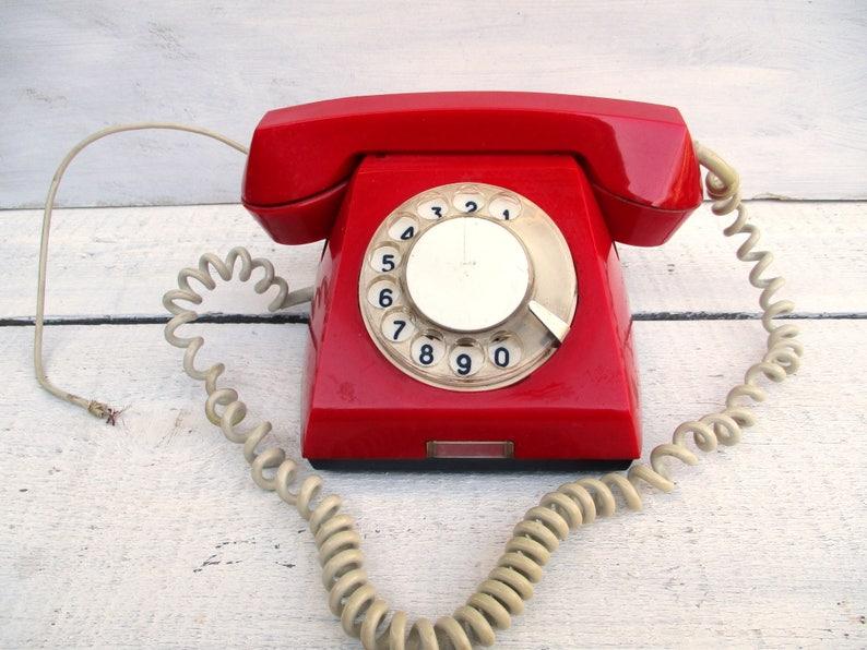 Vintage phone/rotary phone/red phone/USSR/70 e/retro phone