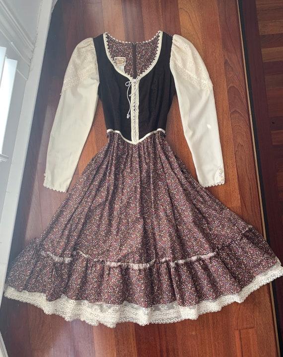 Brown Calico Long Sleeve Outlander Gunne Sax Dress