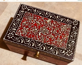 ON SALE Red Black Keepsake Jewelry Treasure Chest, Trinket wood box from India for women, indian wedding gift Diwali gift, Christmas gifts