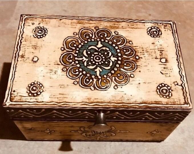 50% SALE Small Beige keepsake box from India, handmade wood treasure chest, trinket box, women's and men's organizer, jewelry box, memory bo