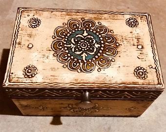 Small Beige keepsake box from India, handmade wood treasure chest, trinket box, women's and men's organizer, jewelry box, memory box