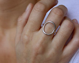Round ring in sterling silver ring circle, large round ring