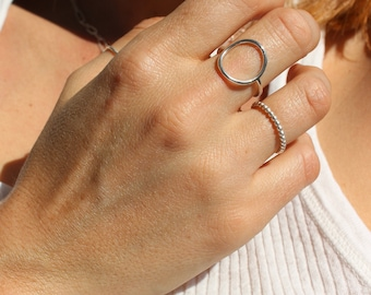Round solid silver ring, circle ring