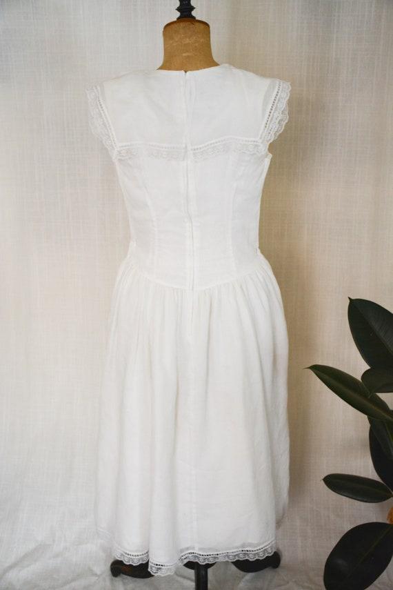 Vintage Gauzy White Gunne Sax Sailor Dress - image 4