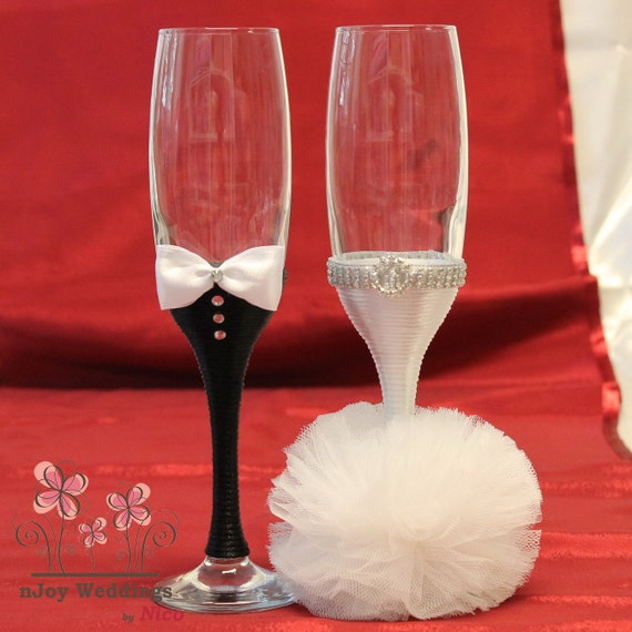 Set Of 2 Wedding Glasses Bride Groom Champagne Glasses For