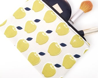 Cosmetic Bag, Make-Up Bag, Teacher Gifts, Teacher Appreciation Gifts, Apple makeup bag, Make-Up pouch, Cosmetic Pouch, Toiletries