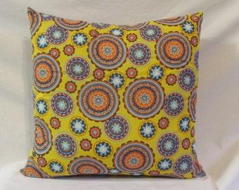 Yellow Medallion Pillow, Decorative Pillow, Home Decor, Pillow, Yelllow Pillow, Throw Pillow