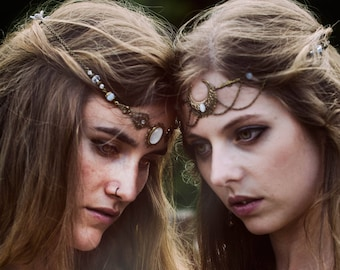 "Forehead / Headband / Tiara Elven Fairy Gothic / Tiara / Circlet / Forehead / hair accessory ""Lindy"" / Color Gold & White"