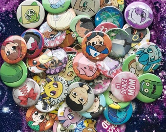 """Buttons! 1.5"""" Pin Back Character Theme!"""