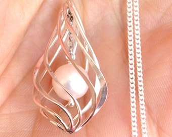 Natural Pearl Pendant Necklace / Sterling Silver Teardrop Lantern Cage / Beach Nautical Ocean Clam 2758