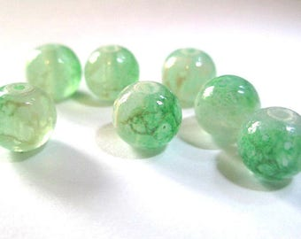 10 pearls green and white speckled clear 8mm