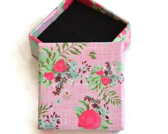 1 box for ring 26x50mm pink flower pattern