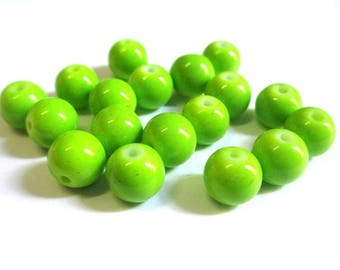 lime green glass painted (R-58) 8mm 10 beads
