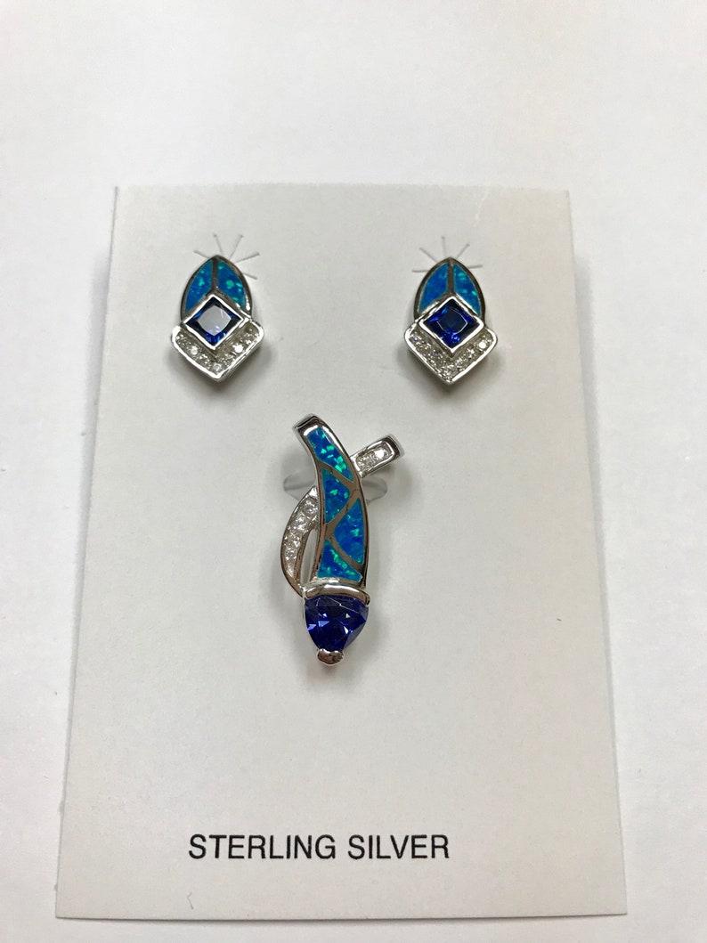 Free 18 Chain 925 Sterling Silver Pendant /& Earrings Set Tanzanite Blue Inlay Fire Opal