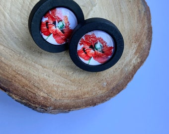 Poppy Flower Wooden Stud Earrings, Red and Black Floral Earrings, Wood and Glass Cabochon Jewellery, Floral Minimalist Earrings for Ladies