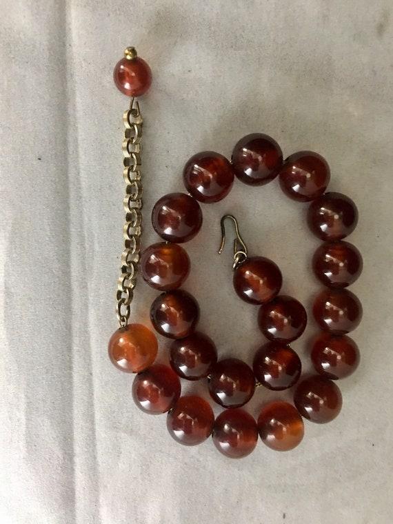 40s Bakelite Bead Choker Necklace Resin Jewelry R… - image 9