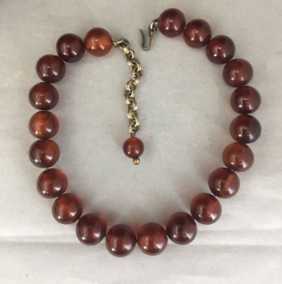 40s Bakelite Bead Choker Necklace Resin Jewelry R… - image 10