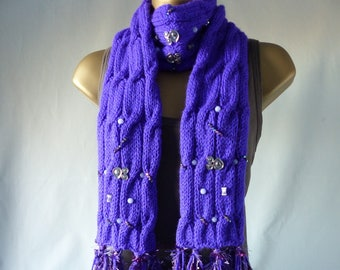Embellished Cable Scarf E073