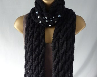 Embellished Cable Scarf E856