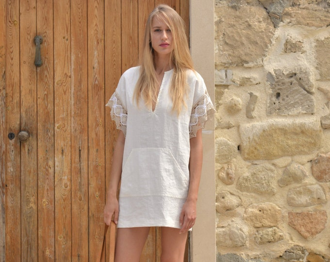 MARGOT mini Chalk white pure linen tunic. Sexy dress with cotton lace sleeves.
