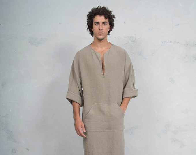CLASSICO. Mens Sesame color linen kaftan. Front pocket.