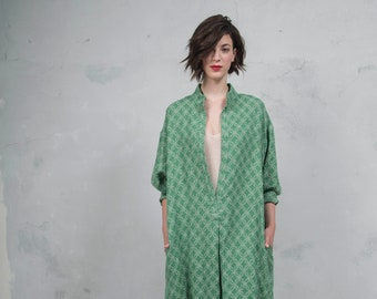 ANAIS emerald green woven linen tunic with pattern. Oversized loose fit. ONE SIZE long caftan.*Lux collection*