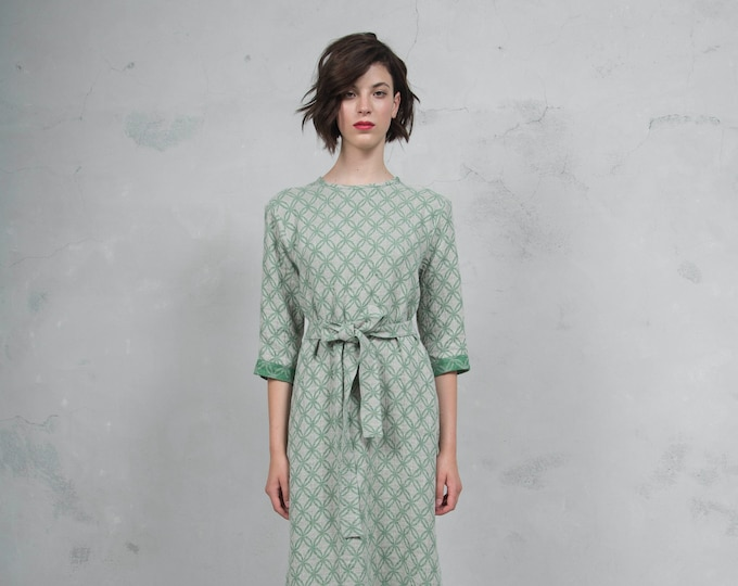 BIANCA green sand caftan. Luxurious woven patterned linen. Straight cut with belt. Soft feel. *Lux collection*