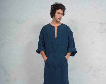 CLASSICO. Mens Navy Blue linen tunic. Front pocket.