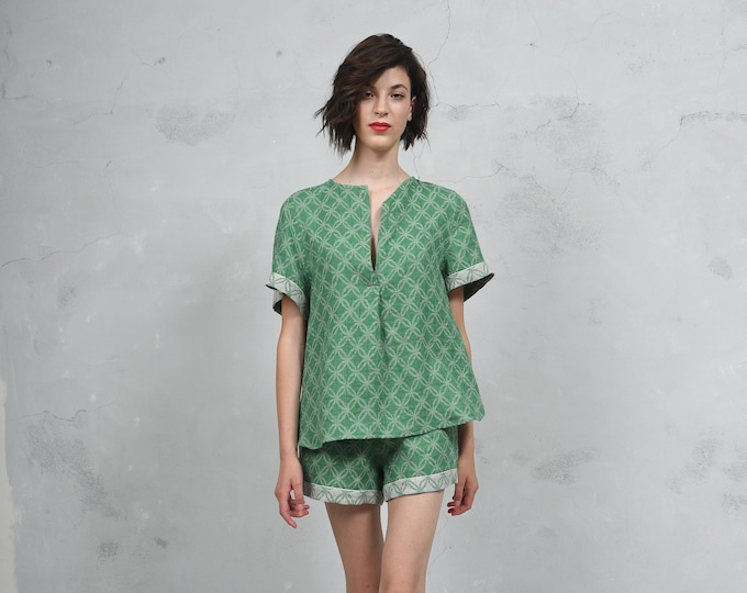 ADA emerald green  pure woven linen co-ordinate set. Luxury patterned linen top and short pants. *Lux collection*