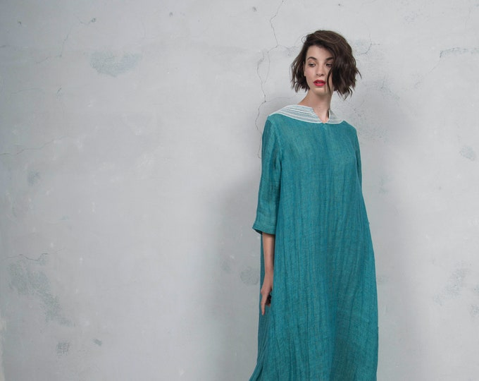 MAROOH peacock pure ultra soft linen dress with cotton lace.  ONE SIZE. Quality linen. *Lux collection*